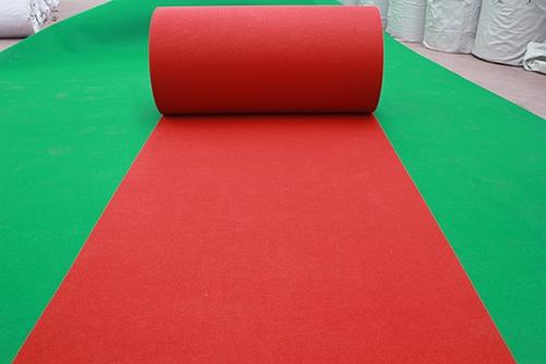 河南常规条纹大红地毯